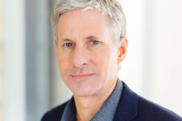 Ripple's Chris Larsen Becomes Richest Crypto Billionaire, Enters Forbes 400