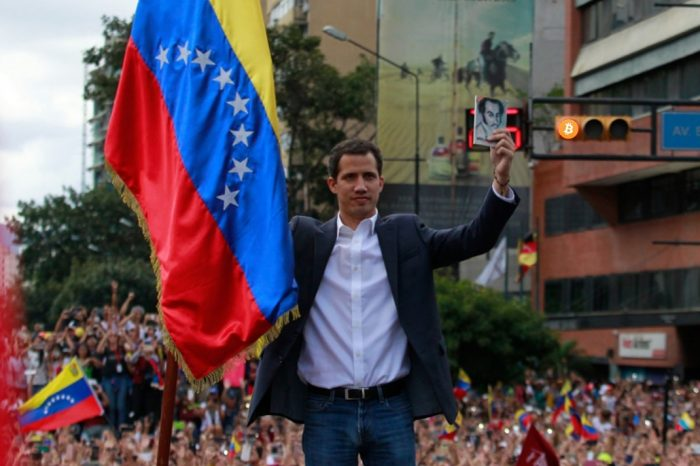 Interim President of Venezuela Juan Guaidó Talked about Bitcoin in 2014, Called Petro a Scam