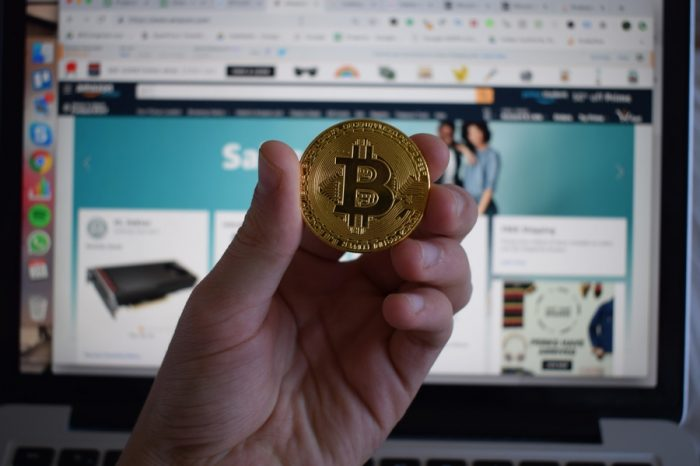 13 percent of Online Shoppers Would Buy Bitcoin Using Amazon According to Survey